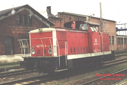 346 792 in Orientrot